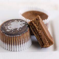 Thin Mint Cheesecake Cupcakes