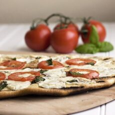 Simple Grilled Pizza Margherita