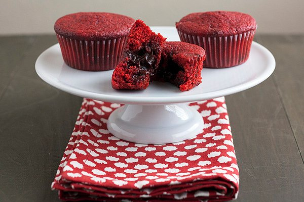 Chocolate Stuffed Red Velvet Cupcakes Handle The Heat