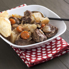 Slow-Cooker Steak & Guinness Pie