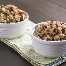 Barley Pilaf with Mushrooms, Red Peppers, and Spinach