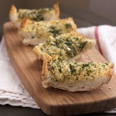 Double-Garlic & Herb Bread