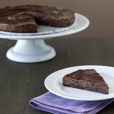 No-Bake Vegan & Gluten Free Chocolate Torte