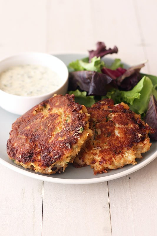Crab Cakes with Lemon Herb Sauce from HandletheHeat.com