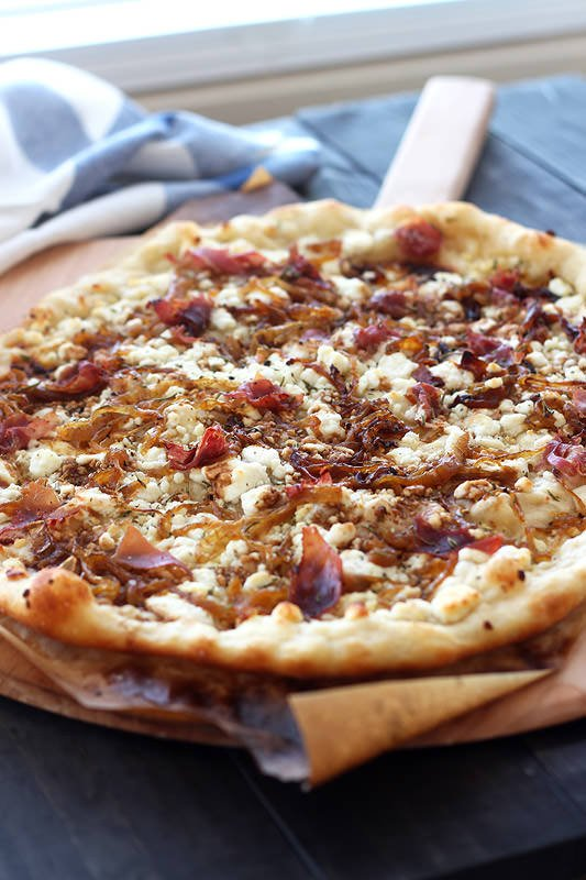 Caramelized Onion, Goat Cheese, Prosciutto Pizza from Handle the Heat