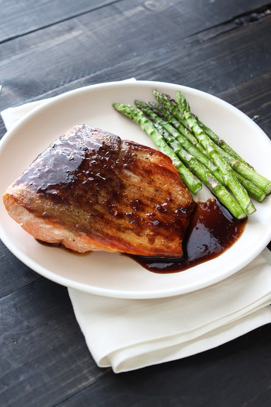 Balsamic Glazed Salmon - super easy and healthy! From @handleheat