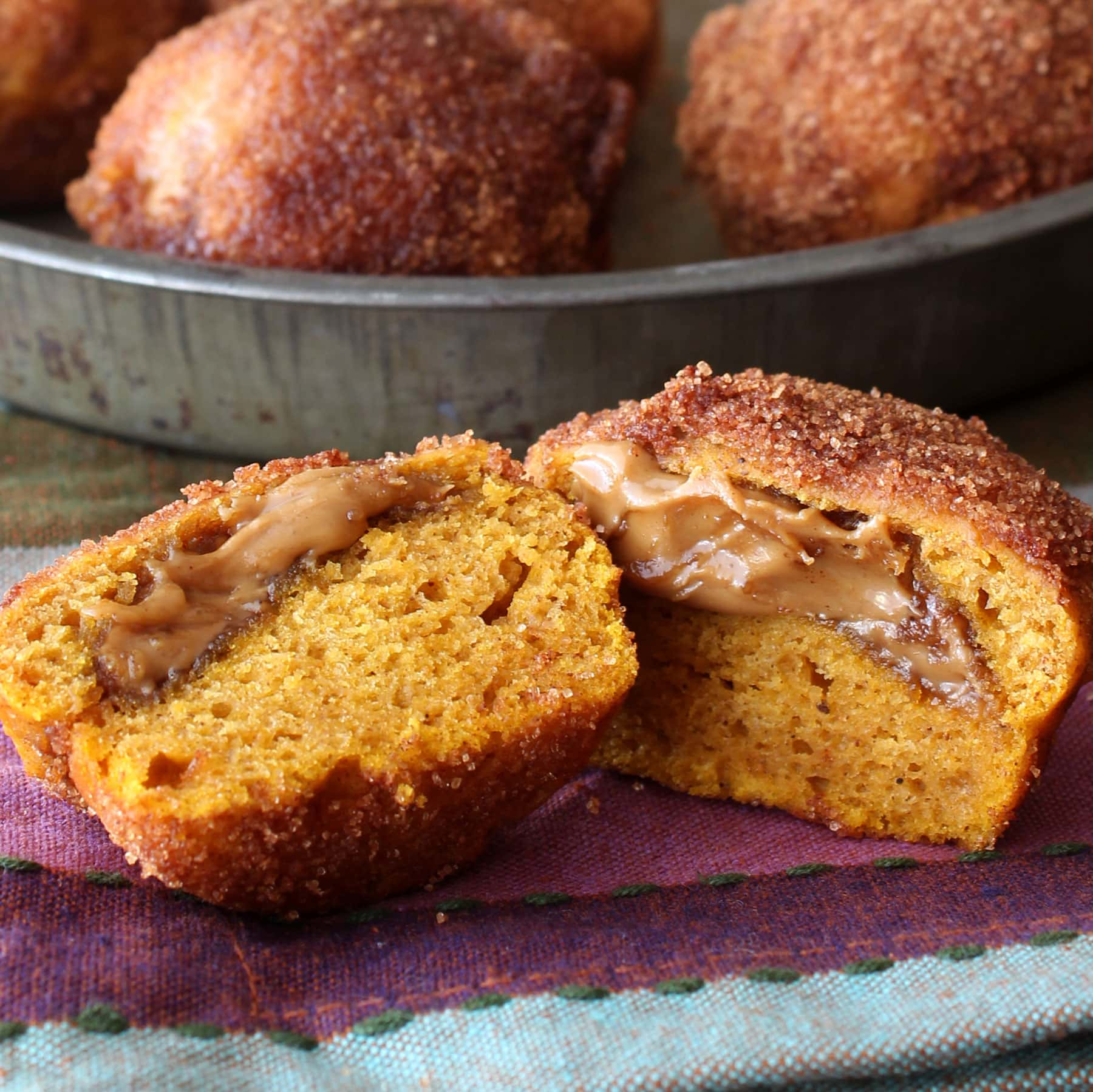 biscoff-filled-pumpkin-mini-muffins-square