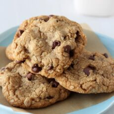 Biscoff Browned Butter Oatmeal Chocolate Chip Cookies