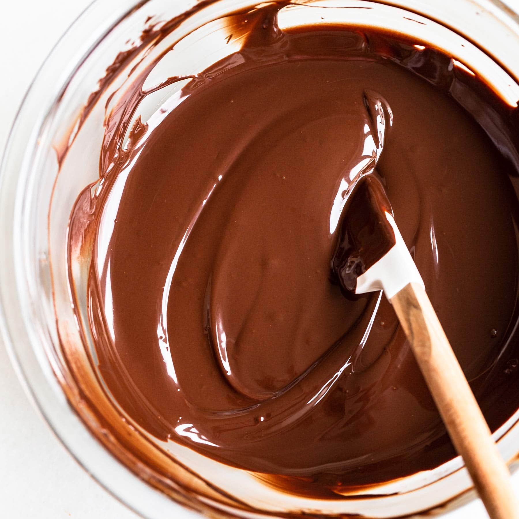 how to get perfectly tempered chocolate