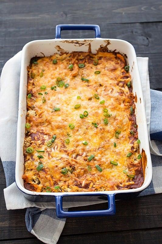 Chicken Enchilada Casserole - like a super simple Mexican version of lasagna!