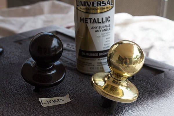 DIY Door Knob Spray Paint Makeover