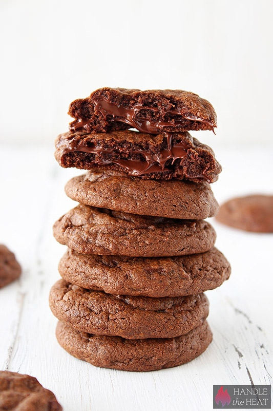 Double-Chocolate-Cookies-01