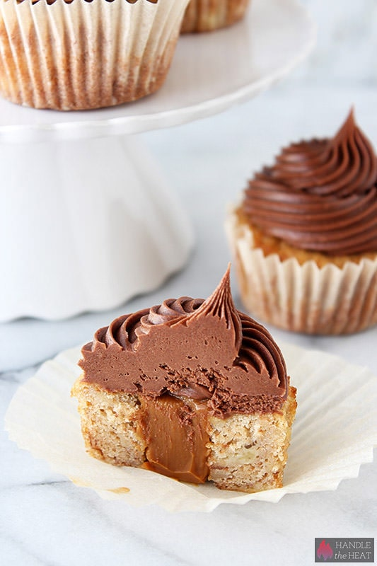 Dulce de Leche Stuffed Banana Cupcakes with Chocolate Cream Cheese Frosting - my new favorite cupcake!