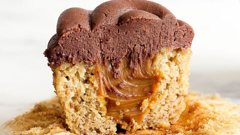 Dulce de Leche Banana Cupcakes with Chocolate Frosting