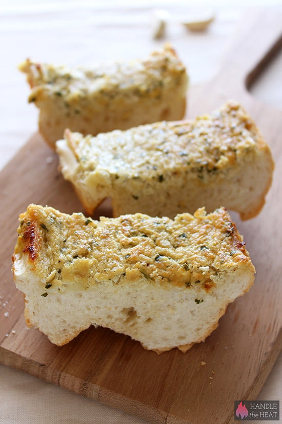 Caramelized Onion Goat Cheese Garlic Bread - my boyfriend called this AMAZING!