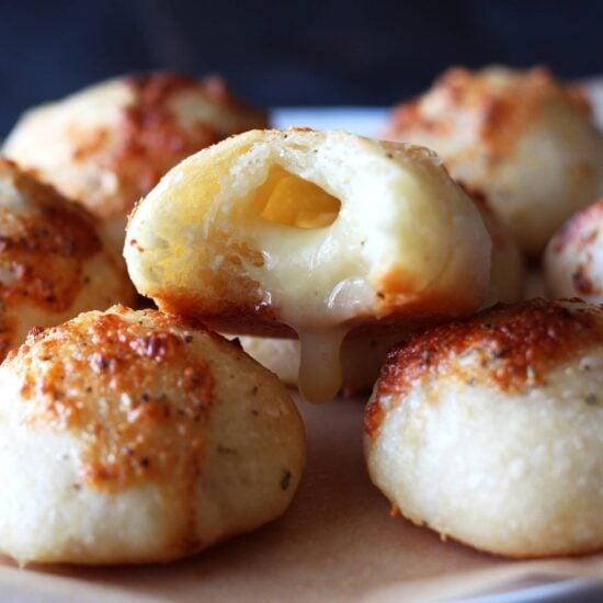 Easy cheese stuffed garlic bread rolls