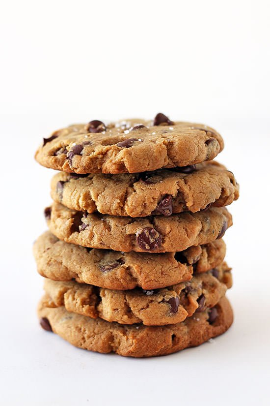 Peanut Butter Chocolate Chip Cookies - SO GOOD with a glass of cold milk! Mmm mmm.