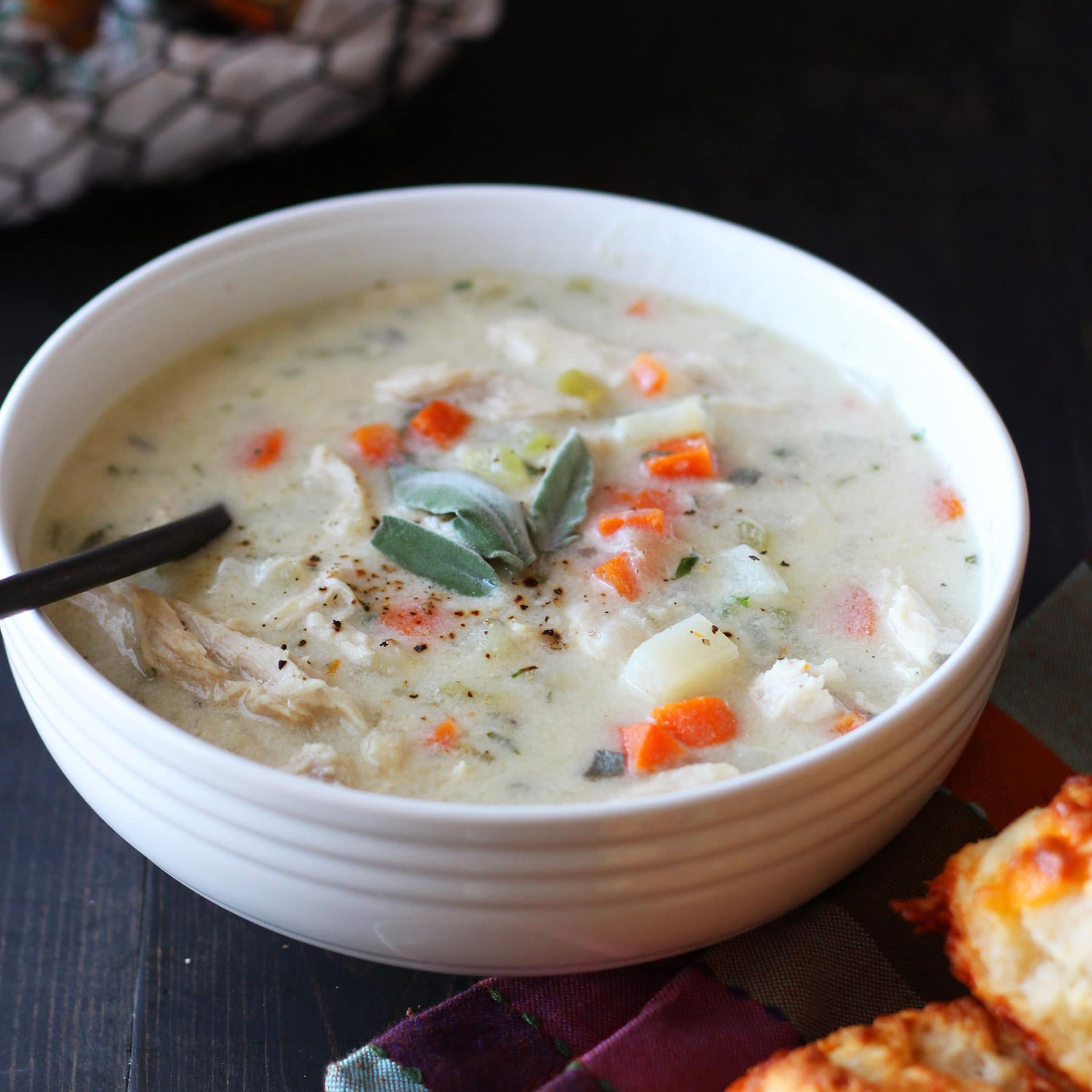 Leftover Thanksgiving Turkey Pot Pie Soup