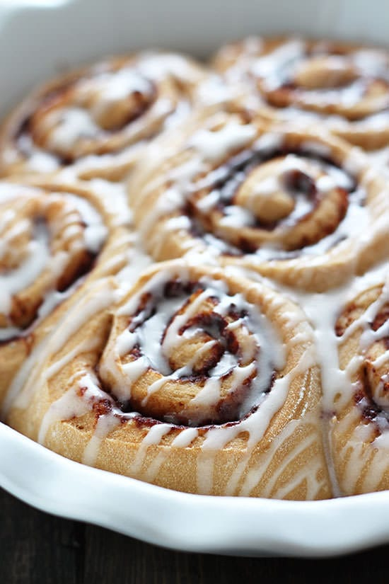 Skinny Overnight Cinnamon Rolls Easy And Guilt Free This Recipe Is Amazing