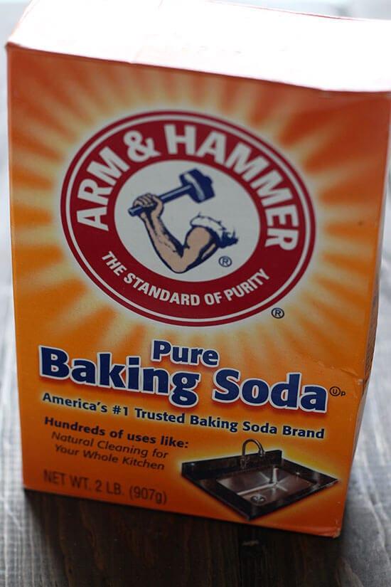 Baking Soda vs  Baking Powder - Handle the Heat