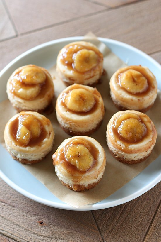 No need to visit a fancy restaurant to enjoy Bananas Foster! Mini Bananas Foster Cheesecakes have tons of caramelized banana flavor and luscious texture.