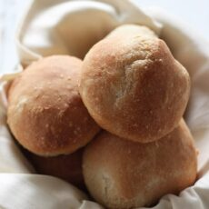 How to Make Crusty Bread Rolls