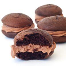 Nutella Stuffed Chocolate Whoopie Pies