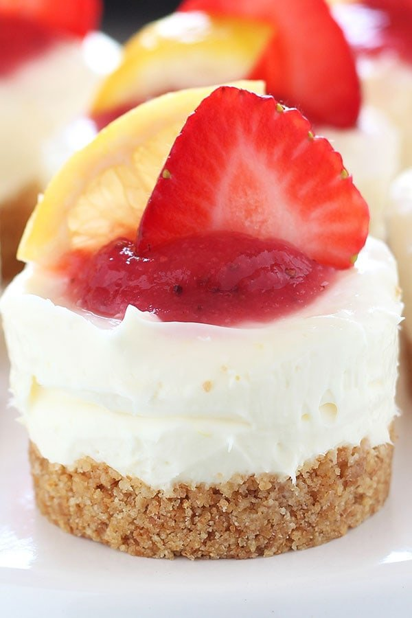 Strawberry Lemonade Cake Bites