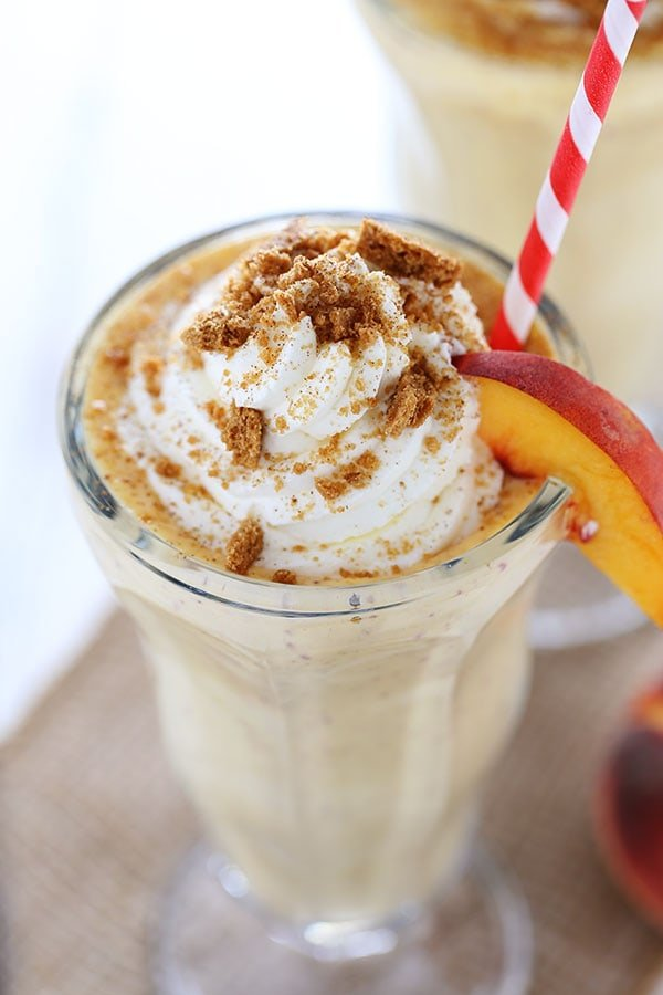 Peach Pie Milkshakes are perfectly frosty, fresh, and flavorful making them the perfect summer dessert recipe.