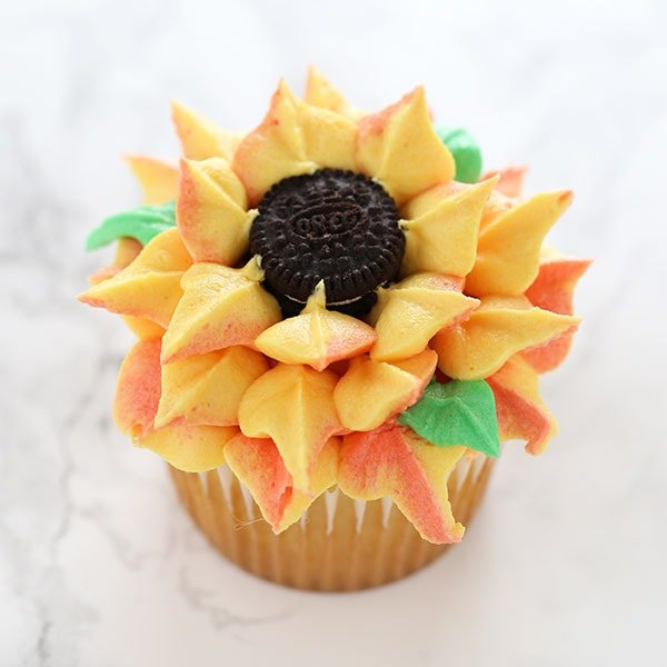 How To Make Sunflower Cupcakes Handle The Heat