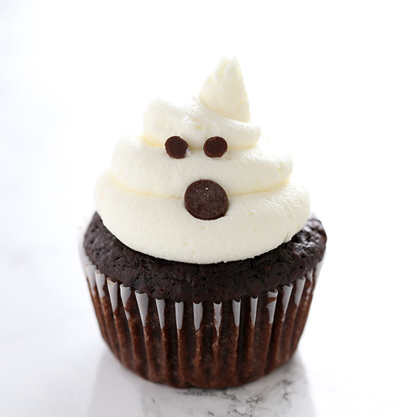 How to Make Spooky Ghost Cupcakes for Halloween