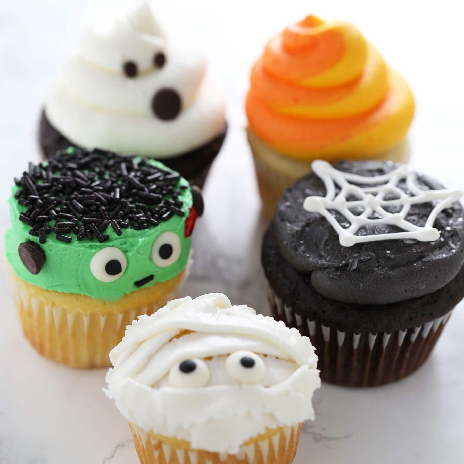 How to make halloween cupcakes handle the heat Halloween cupcakes