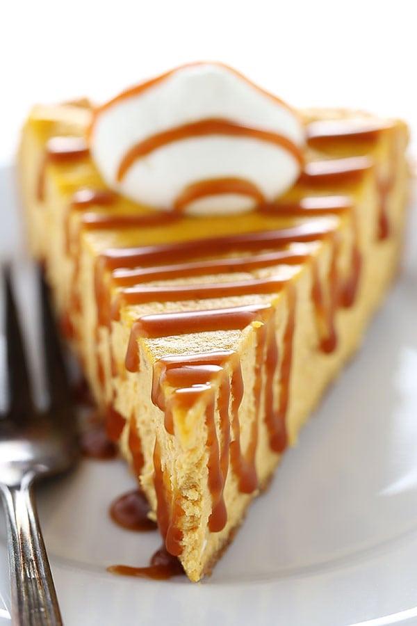 Salted Caramel Pumpkin Cheesecake is SO MUCH better than boring pumpkin pie!! Such a crowd pleaser!!