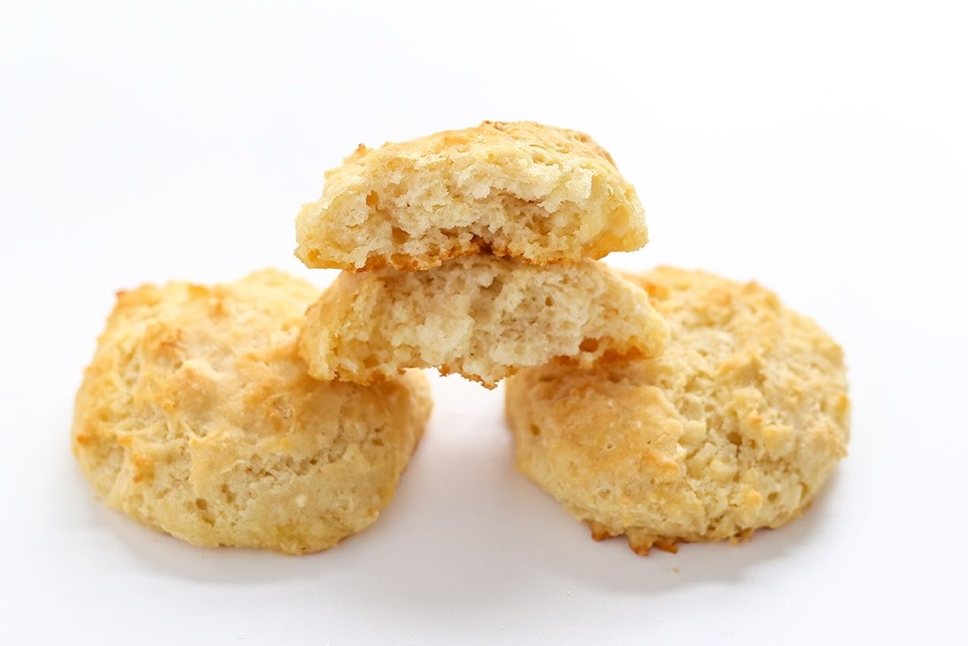 Biscuits made with buttermilk powder - testing buttermilk substitutions