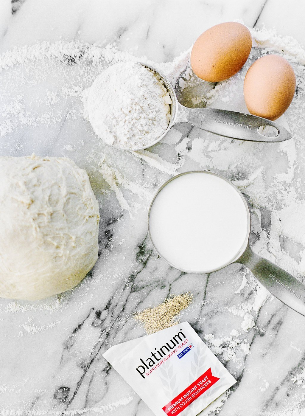 This foolproof Ultimate Simple Dough Recipe can be used for practically ANYTHING! Cinnamon rolls, bread rolls, sandwich bread, pizza, or whatever your heart desires.