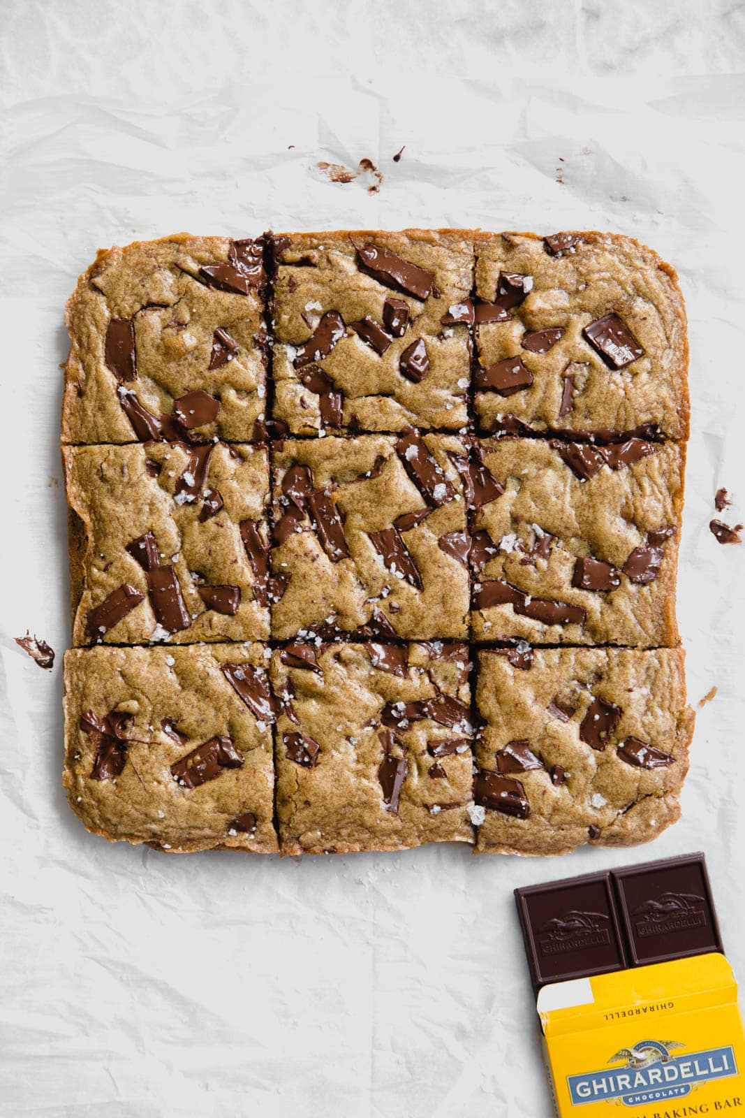 Ultra flavorful Gooey Chocolate Chunk Blondies are ridiculously chewy, gooey, and absolutely loaded with chunks of chocolate. 35 minutes, no mixer required.