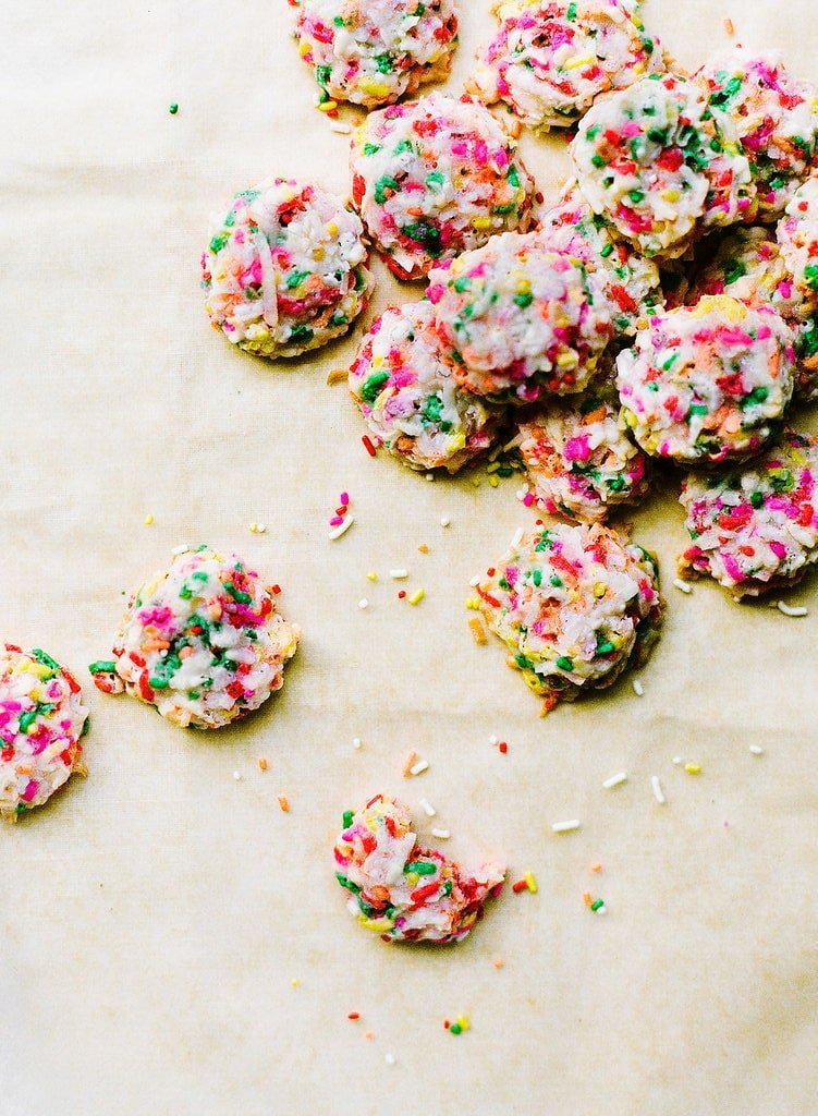 Funfetti Coconut Macaroons take less than 40 minutes and are ultra fun and colorful, perfect for a baby shower, bridal shower, or birthday party!