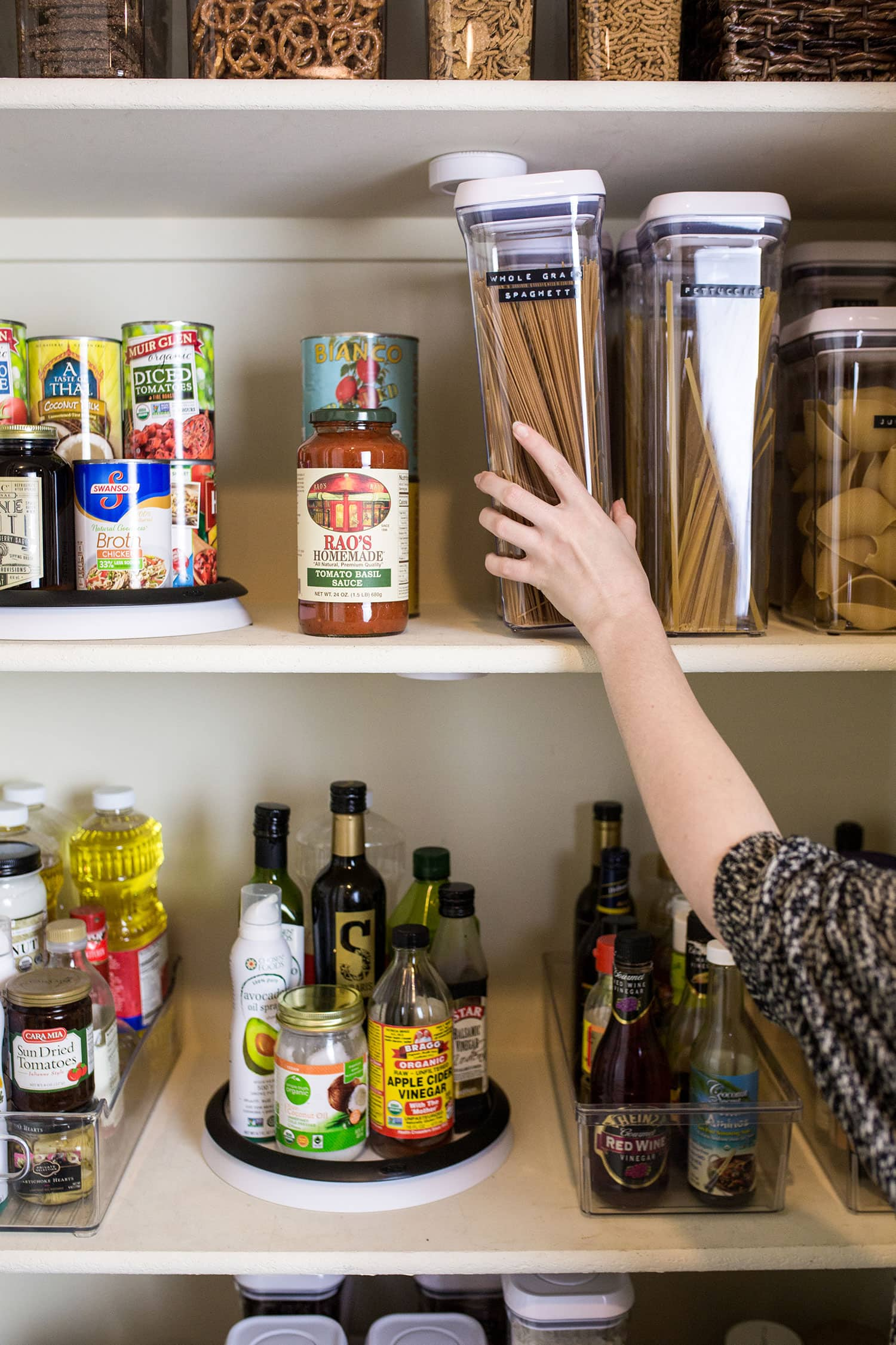 tips and tricks for pantry organization & food storage