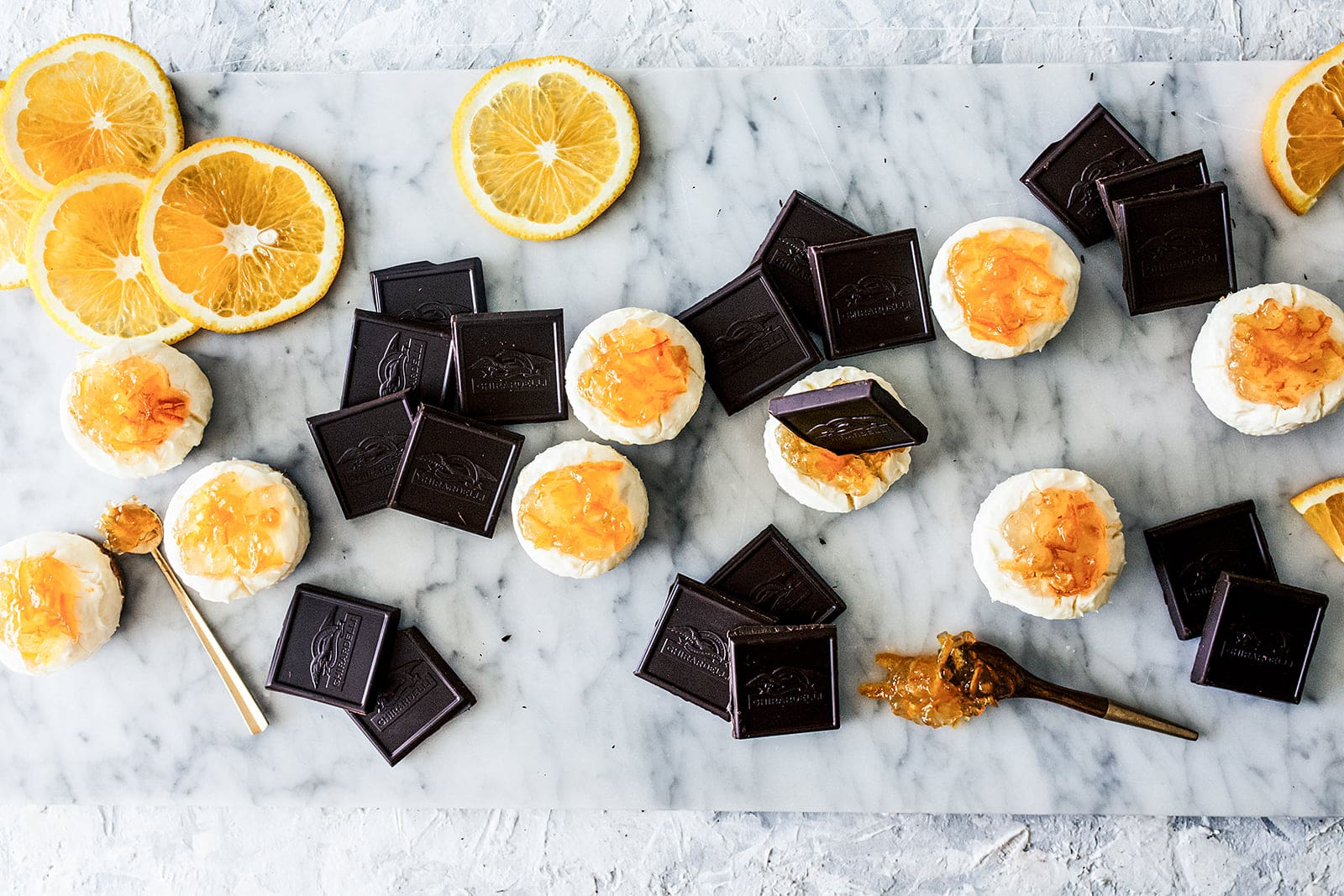 How to make easy no-bake Mini Orange Cheesecakes plus tips and inspiration for putting together a delightful Girls' Night In get together!