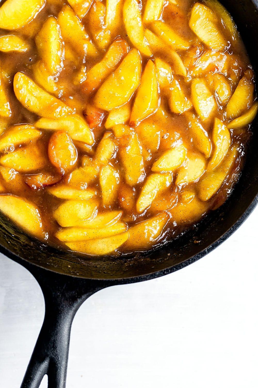 Easy homemade caramel peach topping
