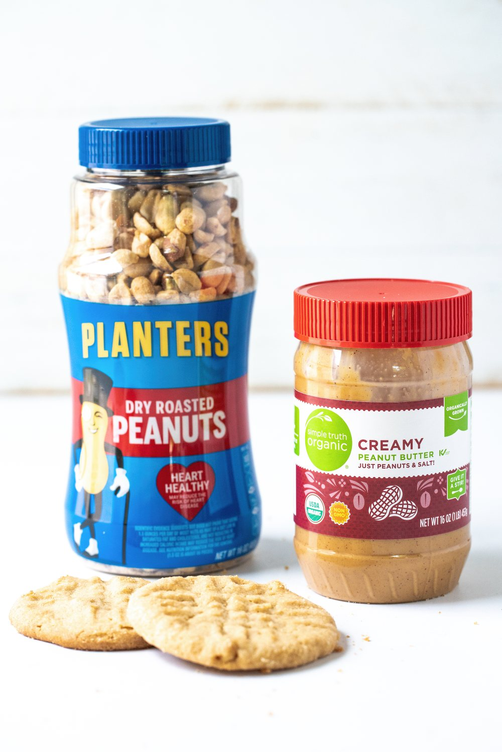 Classic peanut butter cookies made with both peanut butter and crunchy peanuts!