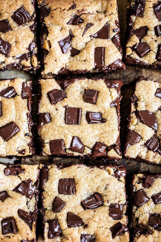 Peanut-Butter-Chocolate-Chunk-Bars-02