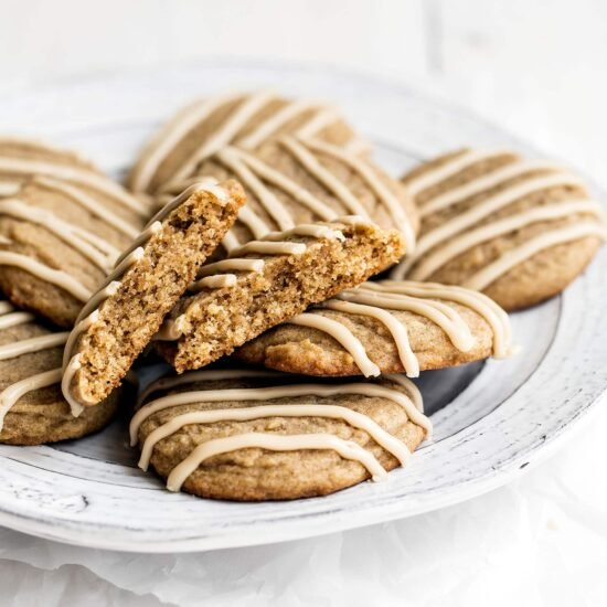 Easy Chai Sugar Cookies are thick, soft, loaded with sweet warm spices, and topped with a simple espresso glaze. Perfect 30 minute recipe for a cozy autumn day!