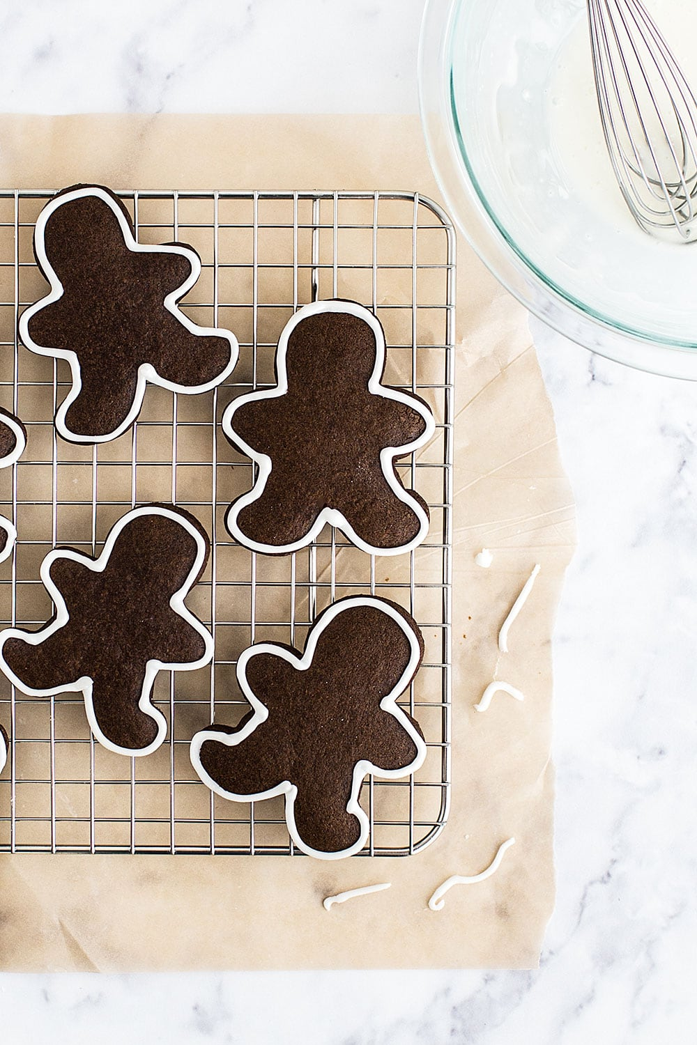 Decorate these soft Gingerbread Cookies with easy icing! The kids will love this.