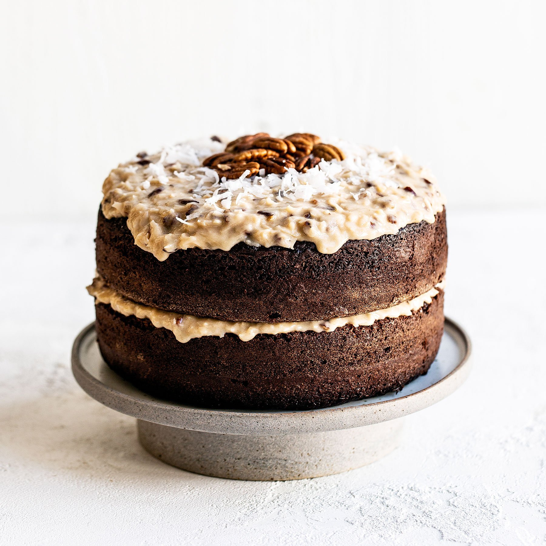 Easy German Chocolate Cake with Frosting Recipe