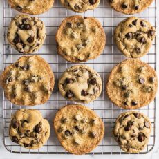 Cooling rack with thick cookies vs thin flat cookies