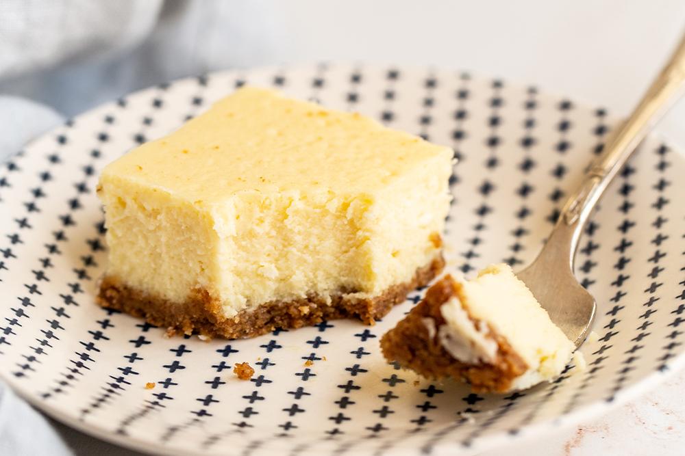 Tasty Sweet Cheesecake Bar